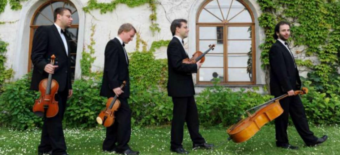 David Mareček (klavír)  a Zemlinského kvarteto