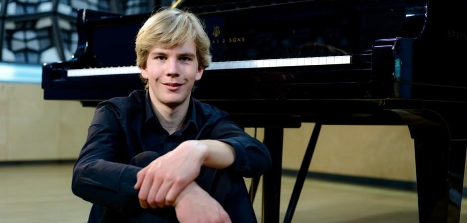 Matyáš Novák omámil hudbou a svěřil se s chovem slepic