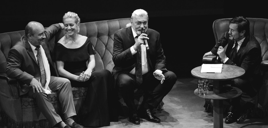 Mátlová, Hůlka a Chmelo se prozpívali ke standingu