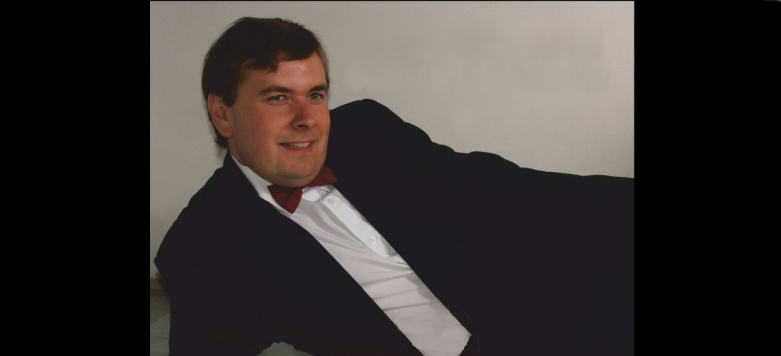 JIŘÍ PAZOUR (klavír)