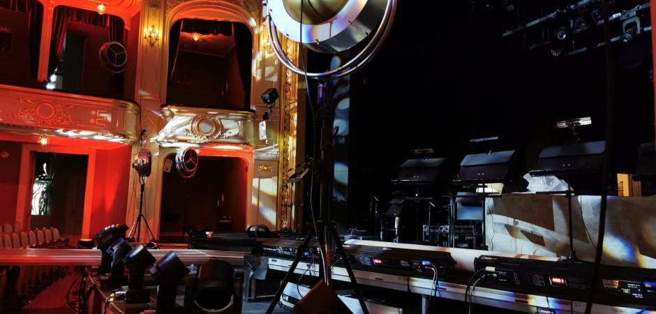 V divadle natáčí Česká televize